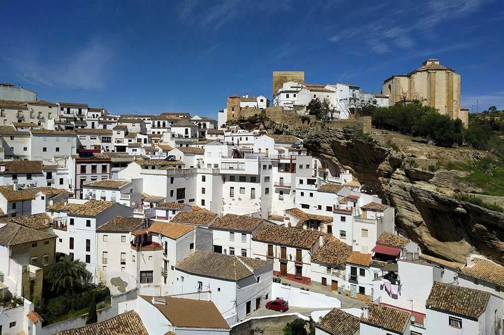 Sensational Setenil De La Botegas Andalucia, Spain